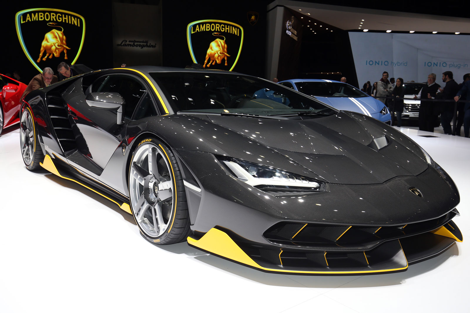 china now charges 10 percent tax on supercars and ultra luxury. Black Bedroom Furniture Sets. Home Design Ideas