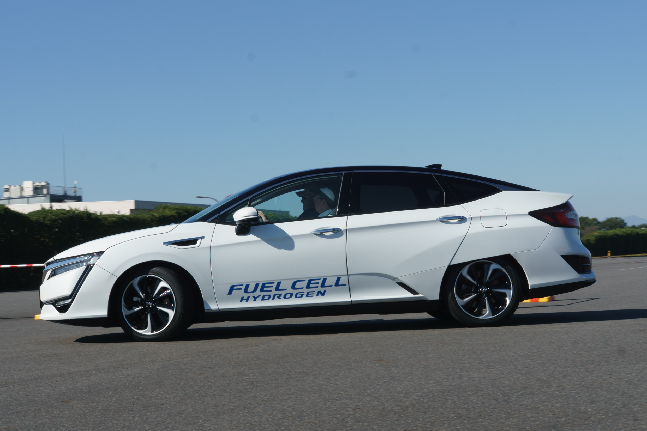 Honda Will Expand Clarity To Three Car Lineup Including Ev And Plug In Versions
