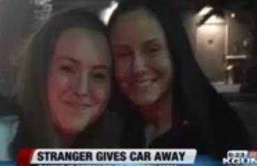 stranger gives car for free to mother of two