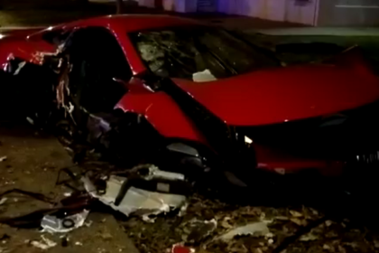 McLaren sports car crashed in Yishun, Singapore
