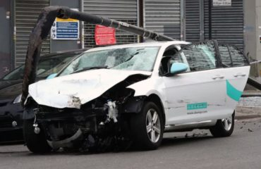 London car accident 5 injured