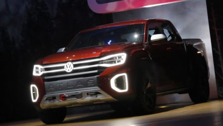 2019 Volkswagen Atlas pickup truck, 2018 New York Auto Show