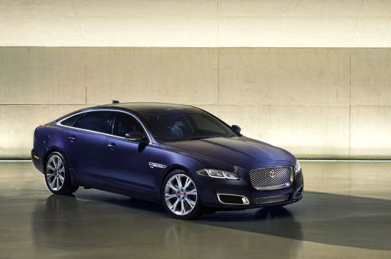 Images of Jaguar XJ