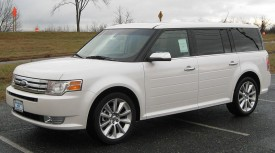 800px-2010_Ford_Flex_Limited_2_--_11-25-2009
