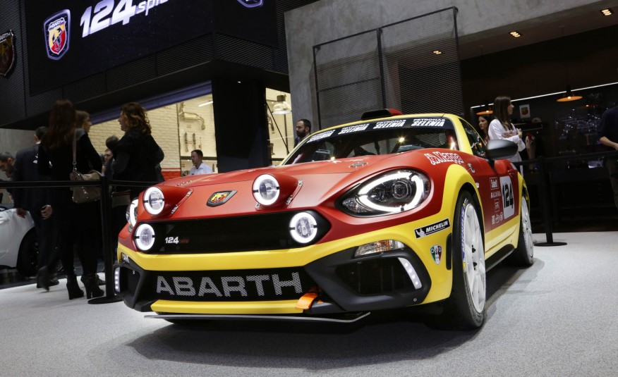 2017 Fiat Abarth 124 Spider rally concept images
