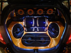Car_Audio_System_Fitted_in_Honda_Jazz