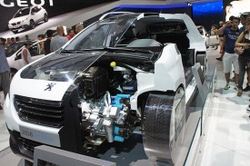Peugeot_2008_HYbrid_air_SAO_2014_0299