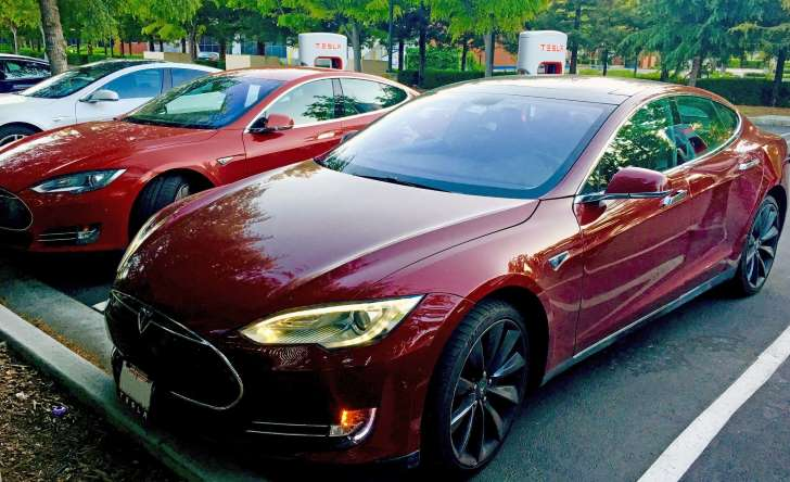 Tesla Model S auction