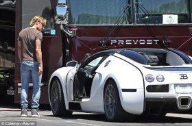 Keith Urban with his Bugatti Veyron at Nashville