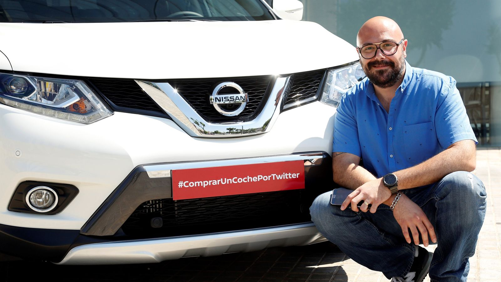 nissan car sold on twitter