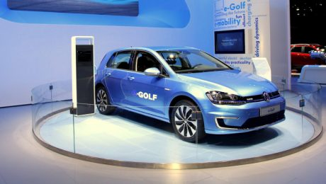 Volkswagen e-Golf images