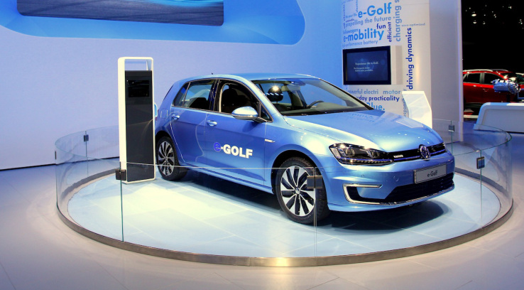 Volkswagen e-Golf images