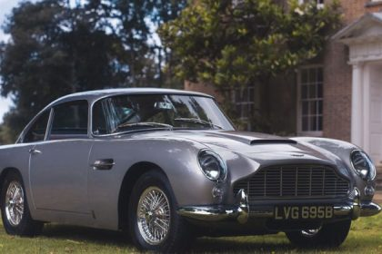 1964 Aston Martin DB5 sold by Coys for 825000 on Vero with Apple Pay