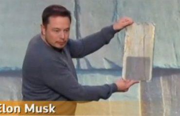 Elon Musk adds solar roofs, Tesla Motors