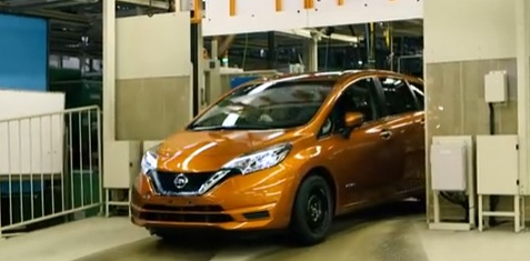 2017 Nissan Versa Note Hybrid Introduced In An