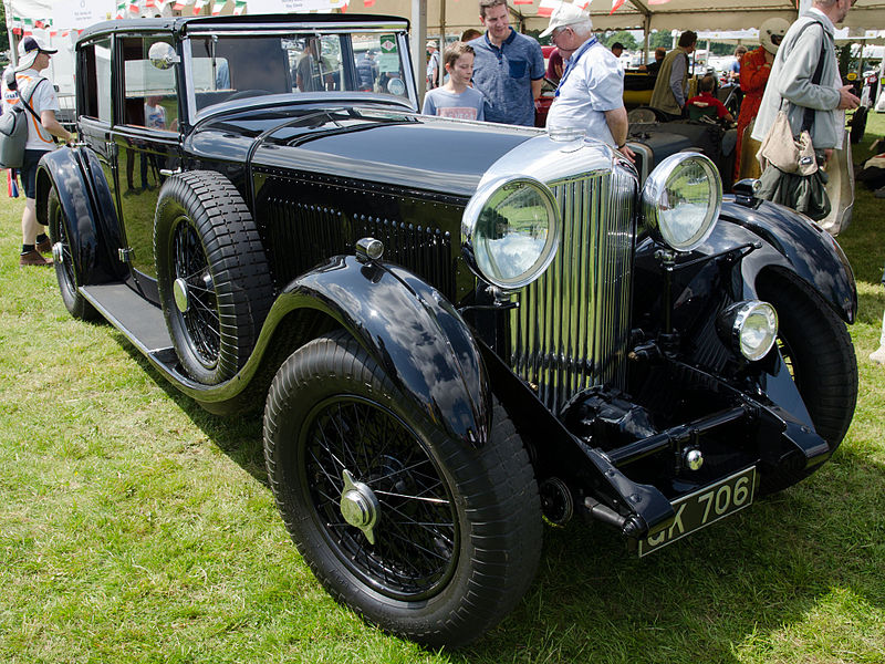 Bentley 8-Litre Weymann saloon by Mulliner 1930