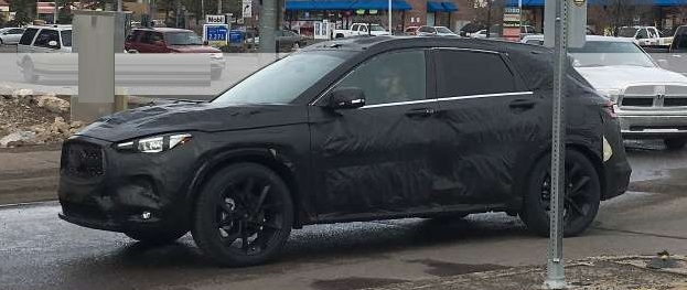 2018 Infiniti QX50 Crossover spied