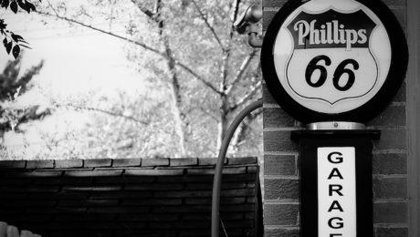 Phillips 66 Garage