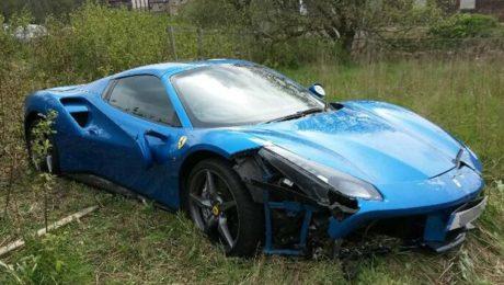 Ferrari 488 GTB crashed