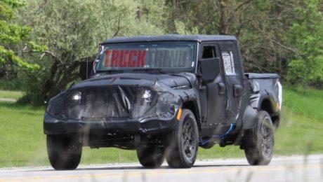 Jeep Wrangler JL spied