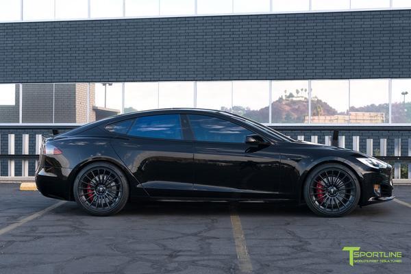 Black Tesla Model S P100D