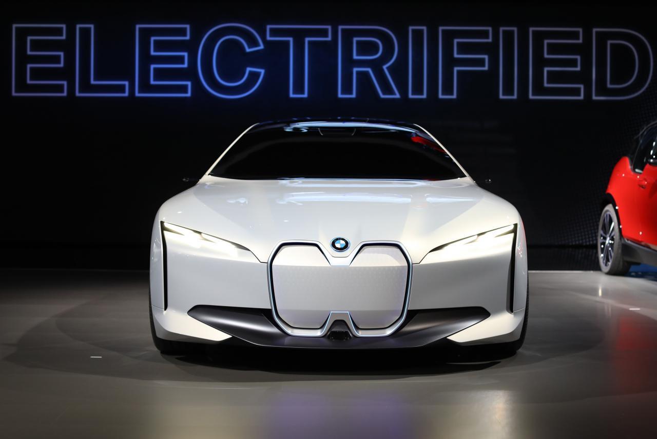 BMW i Vision Dynamics concept car