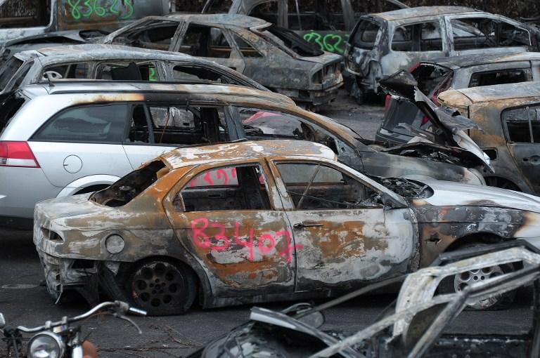 France car burning