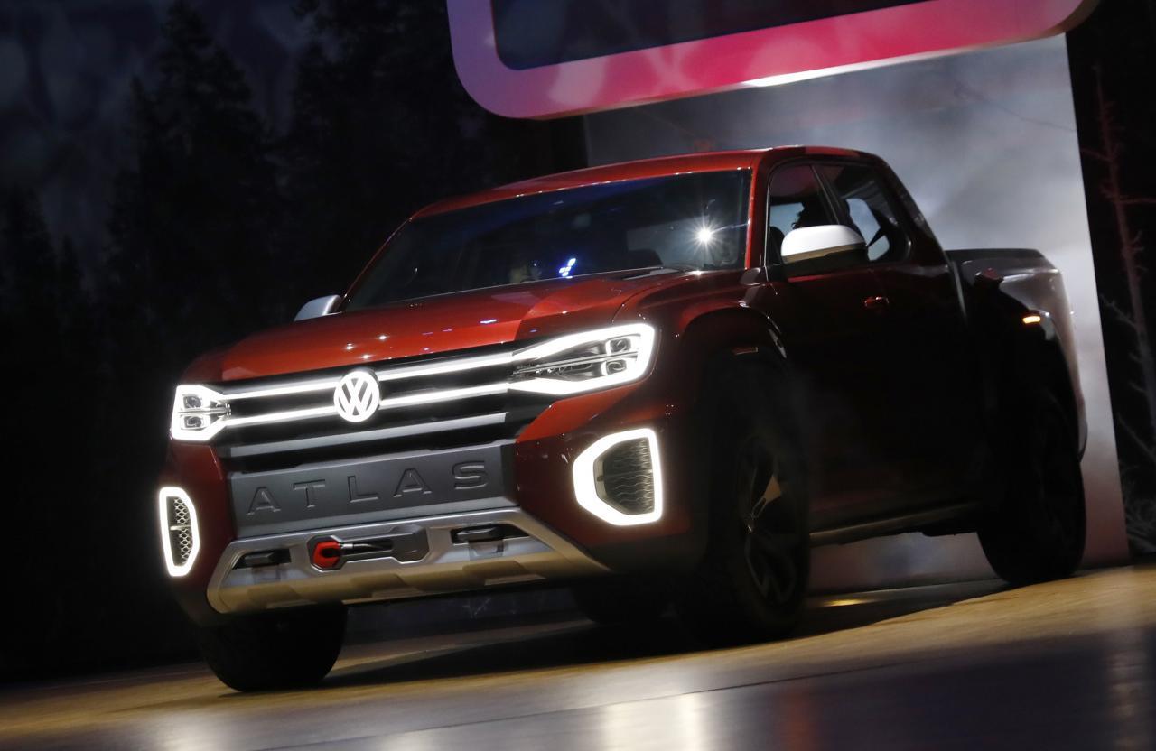 New York auto show: Volkswagen reveals Atlas pickup truck - Daily Auto News, Luxury Cars, Photos ...