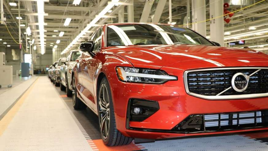 2019 Volvo S60 production images