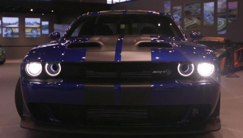 Dodge Challenger Drag Pak race