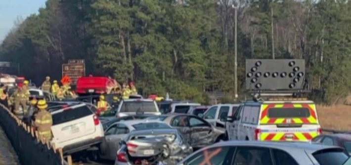 Interstate 64, Virginia, car pileup