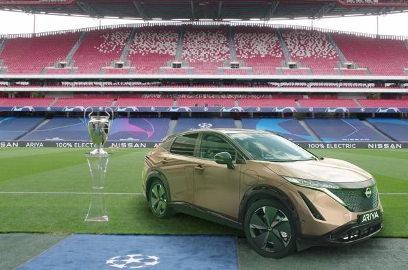 Nissan gives 100% electric LEAF drivers a UEFA Champions League Final