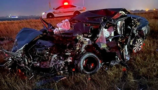 5 dead after crash in Mathis, Texas