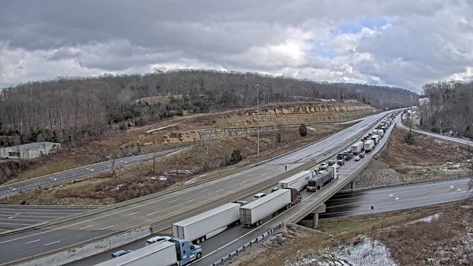 I-75 in Rockcastle County crash in Lexington, Kentucky
