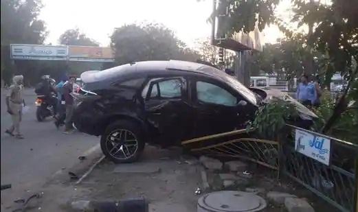 Mohali car crash