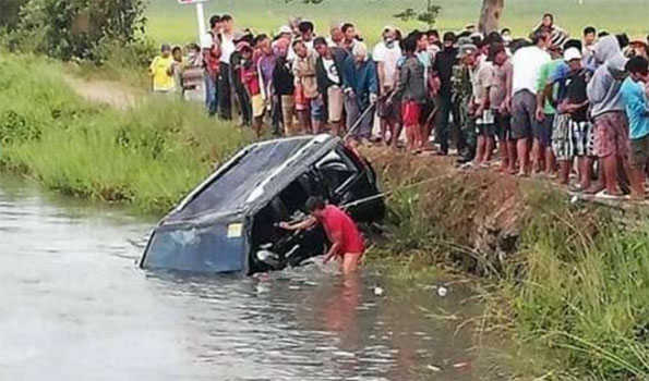 13 dead in crash in northern philippines