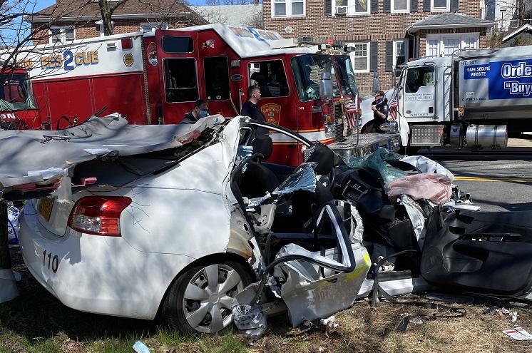 Boston car crash in 76, Gallivan Boulevard