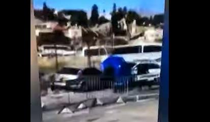 Palestinian crashes car into Israeli policemen