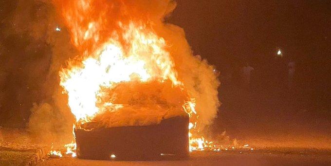 Tesla Model S Plaid fire in Philadelphia